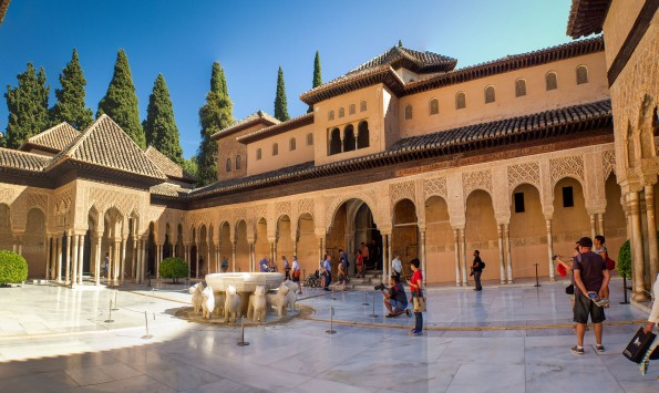 This courtyard was constructed in the 14th Century by Nasrid sultan Muhammed V.