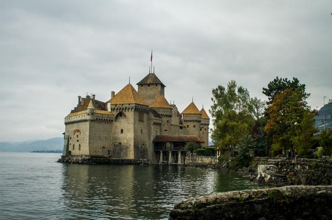 Chateau de Chillon | Jest Kept Secret